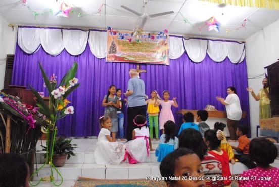 Pertunjukan tor-tor anak-anak / Foto Admin