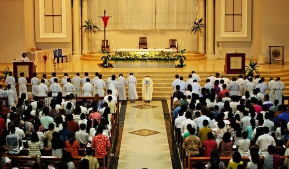 Suasana Kamis Putih Paroki St Paulus Pekanbaru / Foto Bpk Hino Bagas Saputro