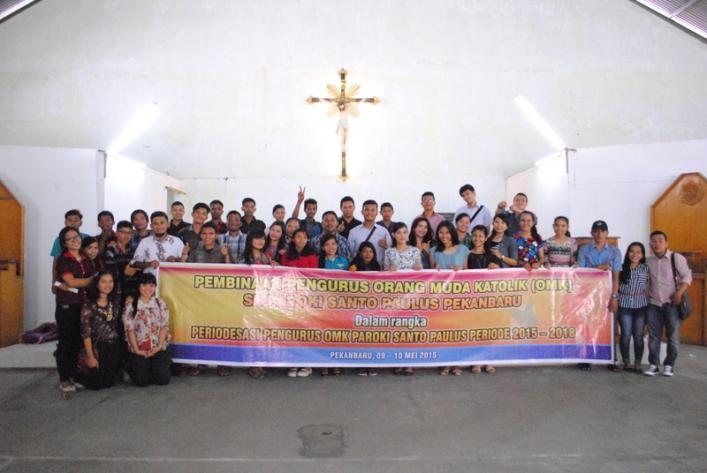 Foto bersama Seksi Kepemudaan dan tim bersama OMK se Paroki St Paulus / Dok. Admin