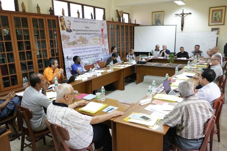 suasana Kapitel Provinsi XVI di ruang perpustakaan Biara Xaverian-Padang